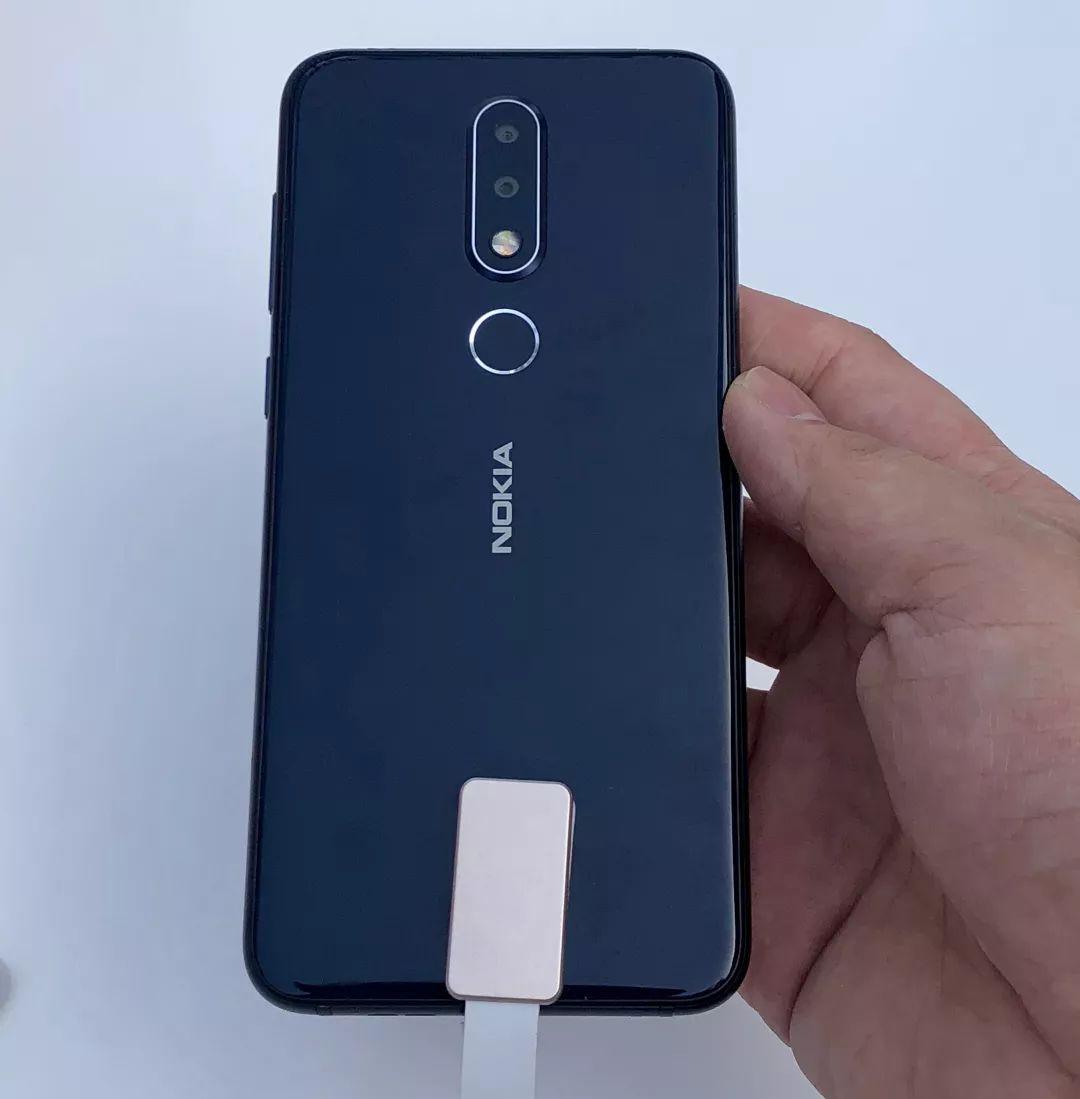 NokiaX背面
