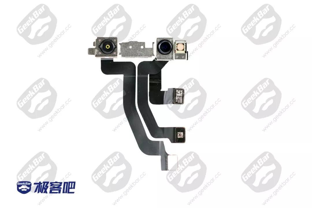 赤外線カメラ、フロントカメラ、ドット投射機 | iPhone XS Max分解