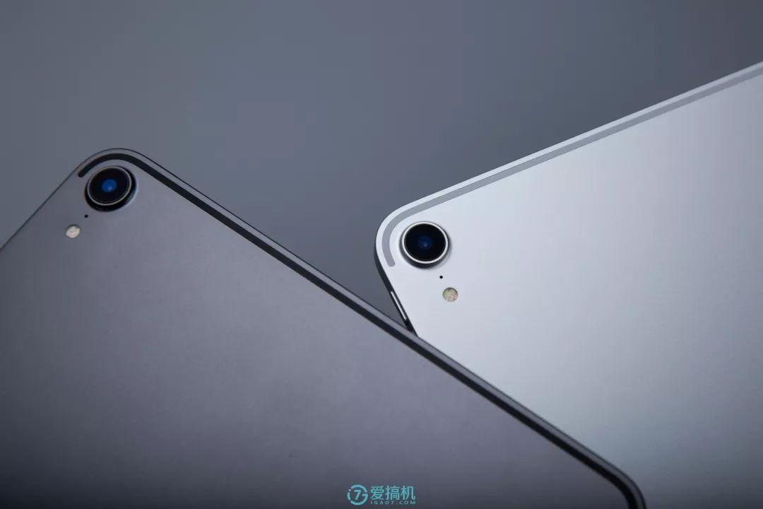iPad Pro 11インチのアウトカメラ