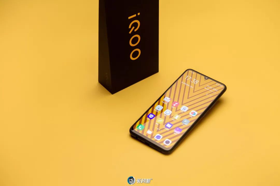 iQoo Neoのデザイン