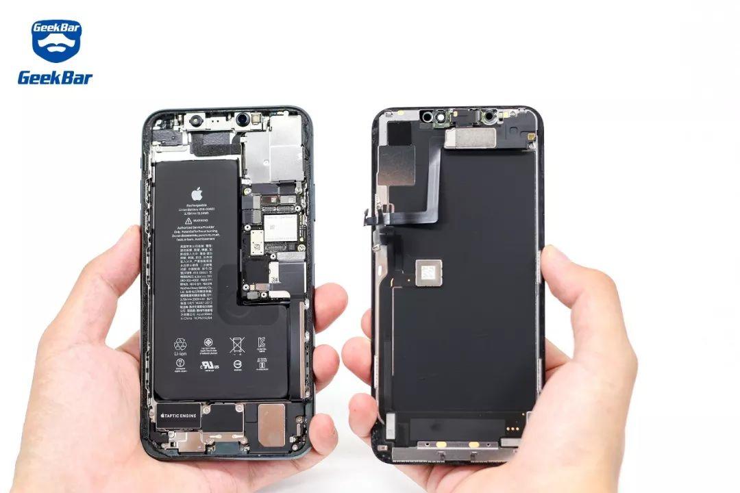 iPhone11 Pro Max̩ の内部構造