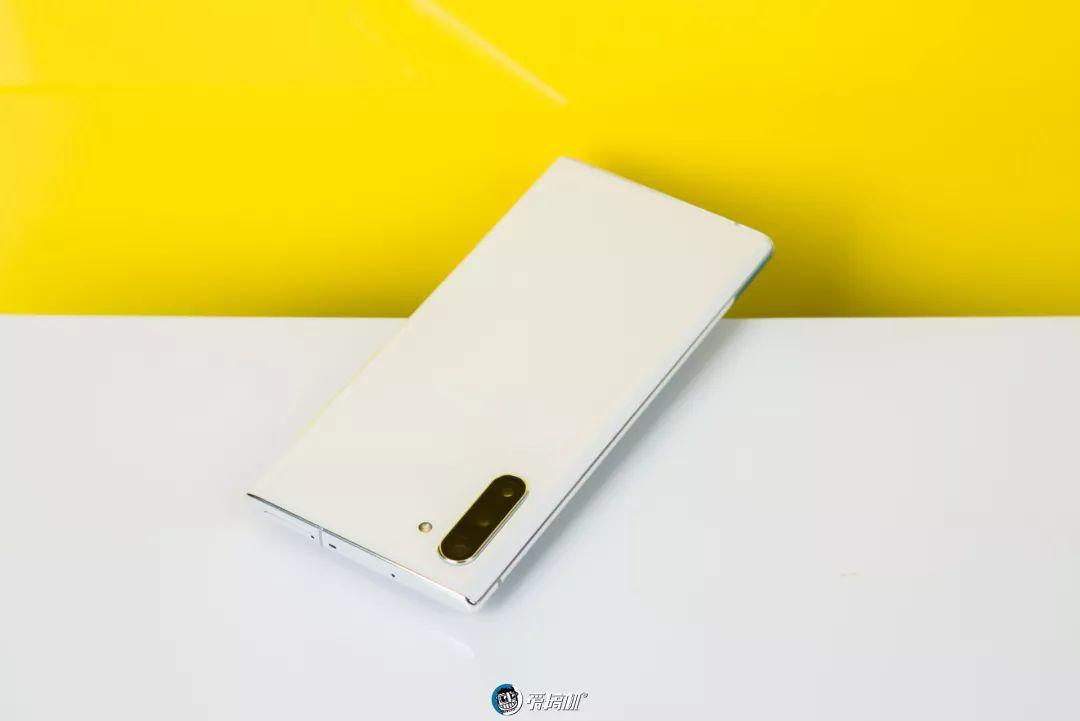 Galaxy Note10+ 外観