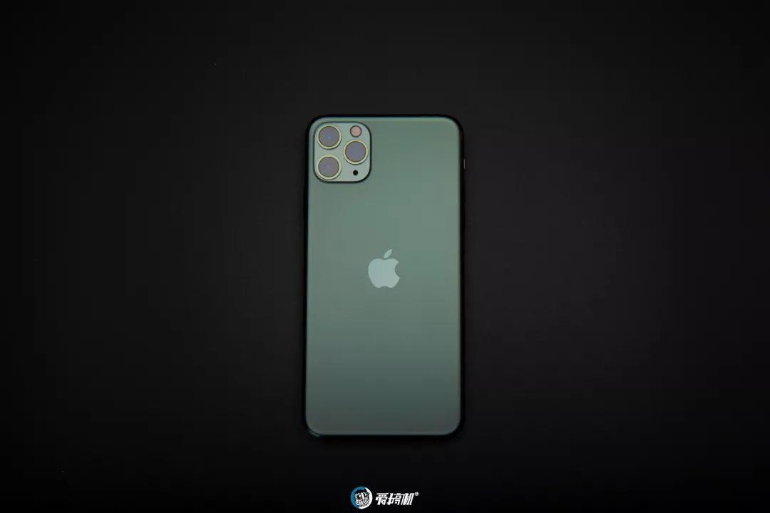 iPhone11 Pro Max 外観③
