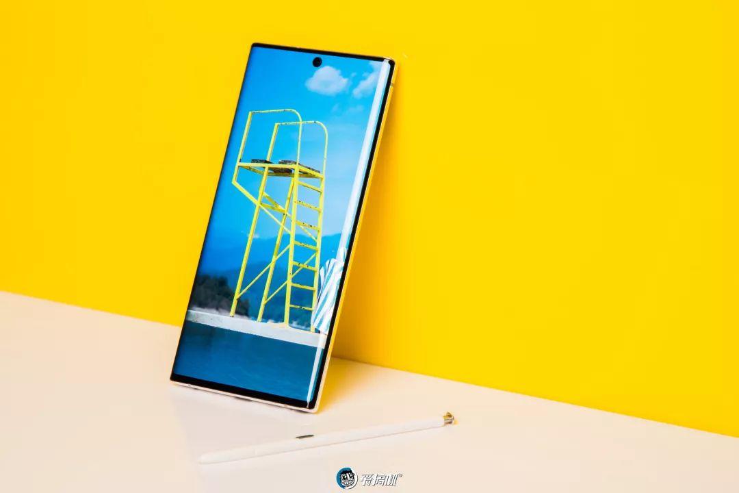 Galaxy Note10+ ディスプレイ