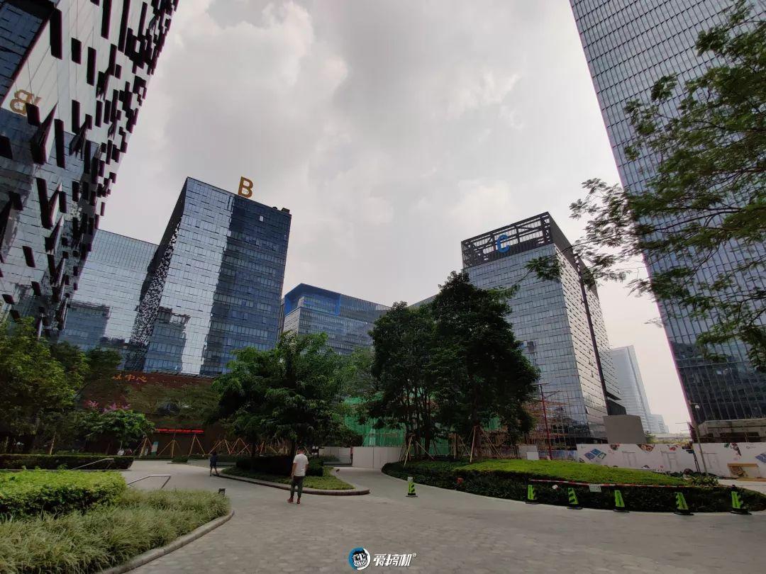 超広角モード写真サンプル②|OnePlus 7T レビュー