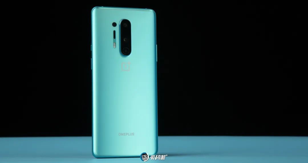 OnePlus 8 Proのバックカメラ|OnePlus 8 Proレビュー