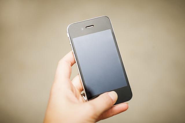 携帯買取を依頼する時の注意点